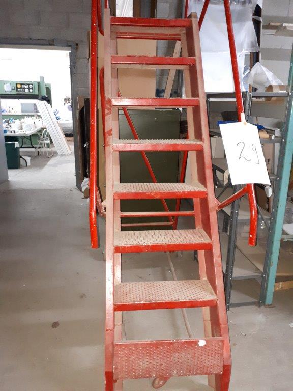 Lot 29 - ROLLING STAIRCASE, 8'