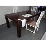 LOT: TABLE & (4) CHAIRS