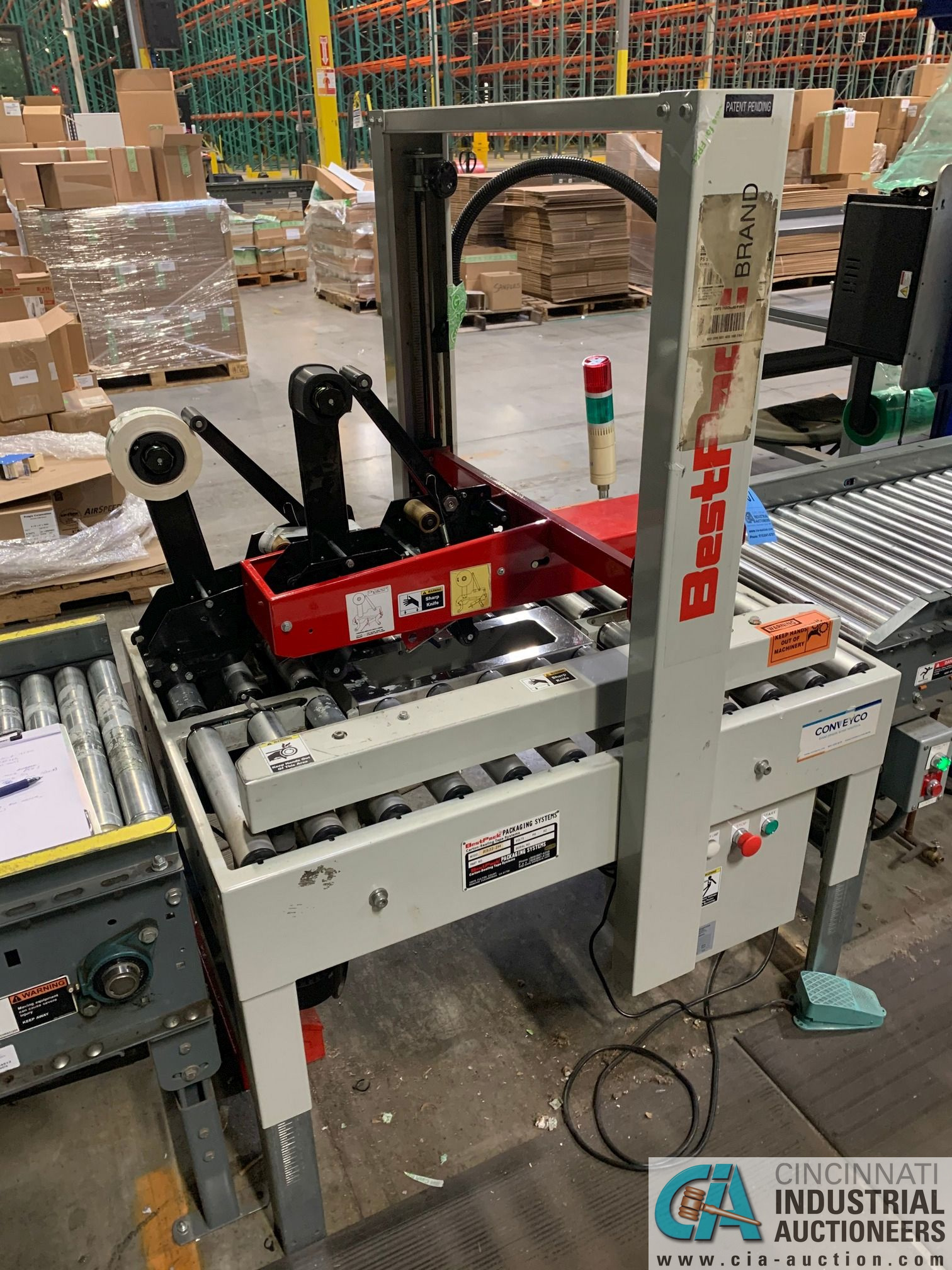 BEST PACK MODEL RS22-3H BOX TAPER; S/N 122101 (APPROX. 2013) - Image 2 of 7