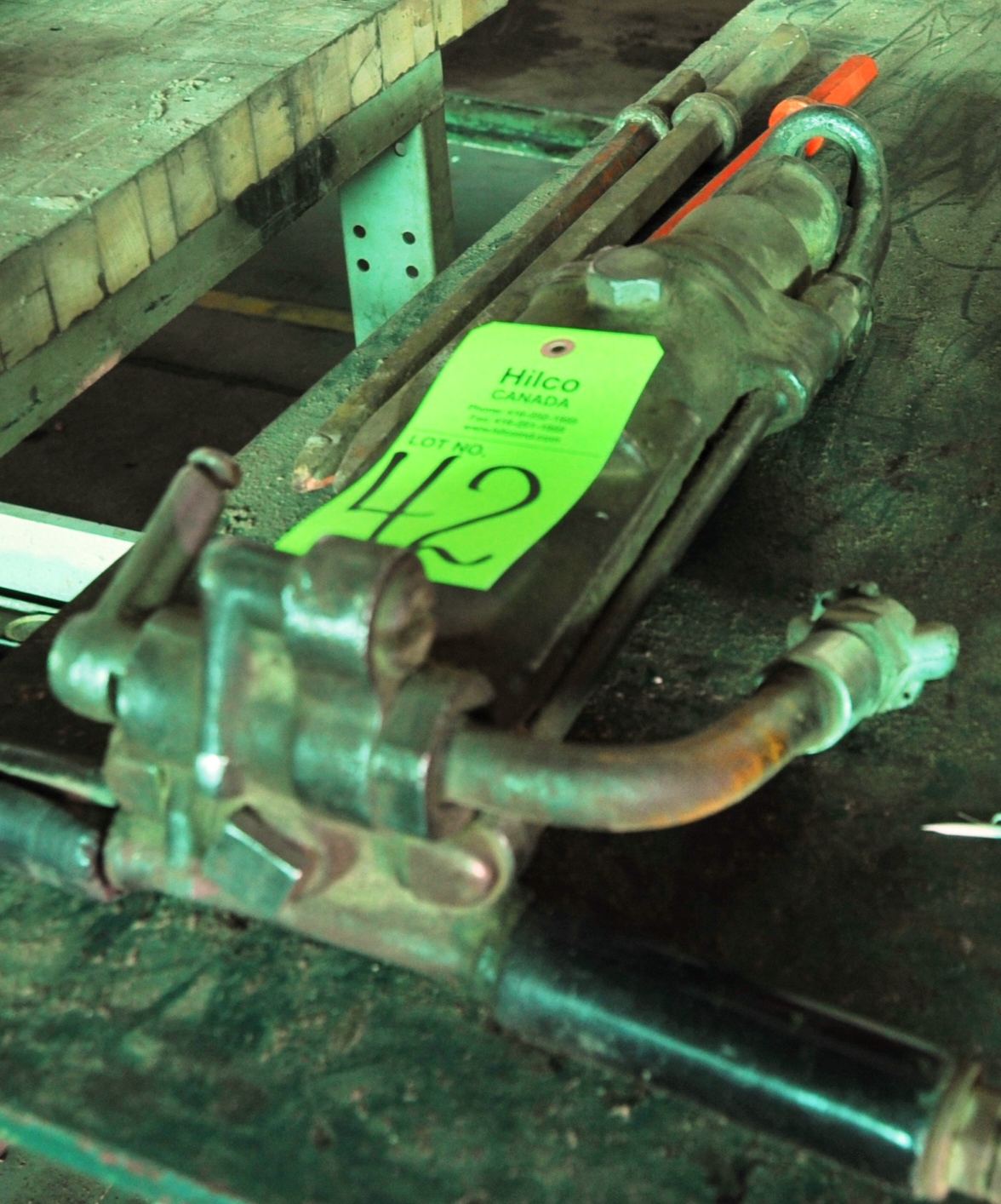 Lot 42 - Joy Model L-47 H.D Pneumatic Chipper