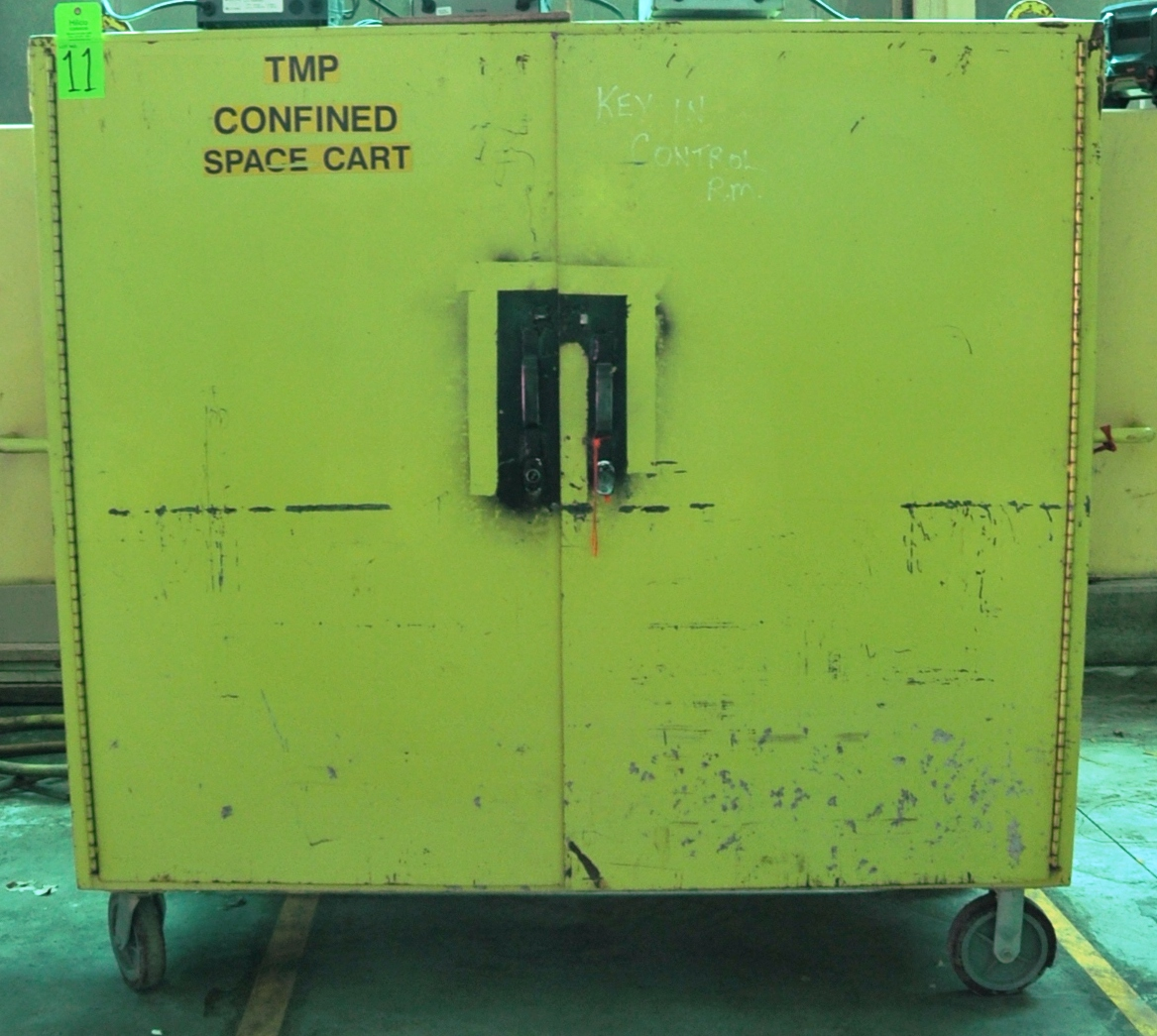 Lot 11 - Metal 6' Portable Tool Cabinet