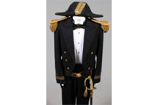 Post Wwi Us Navy Mess Dress Uniform Ensemble With Dress Sword