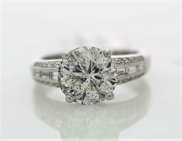 Lot 8 - 18ct White Gold Single Stone Prong Set With Stone Set Shoulders Diamond Ring 3.90
