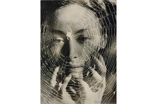 DORA MAAR (1907-1997) Les années vous guettent, 1936 tirage argentique sur  papier au gélatino-bro