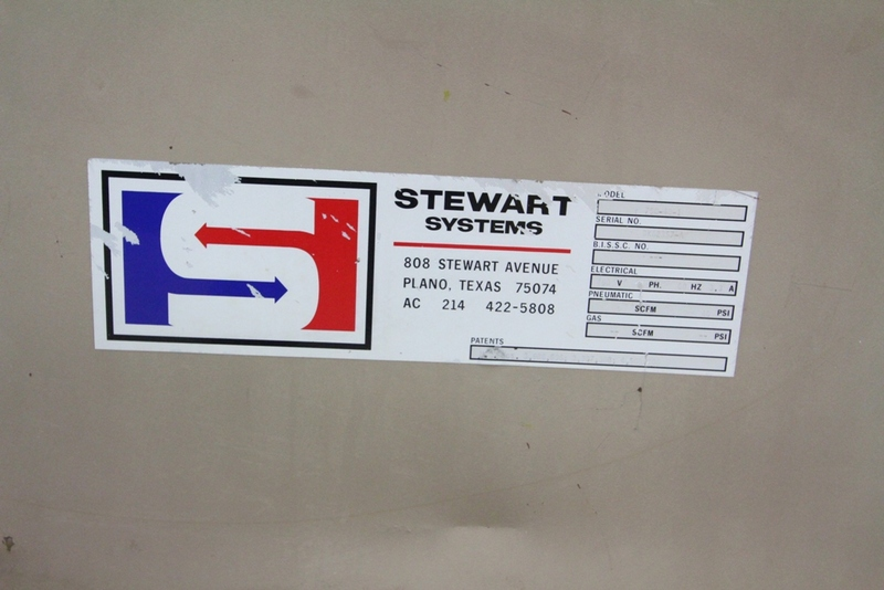 Lot 40 - Stewart Case Switch