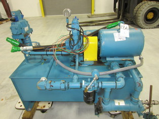 Lot 60 - Sperry Vickers 20 HP Hydraulic Pump w/ Oil Tank