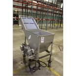 Pleated Lift Conveyor Wash Hopper | Rig Fee: $50