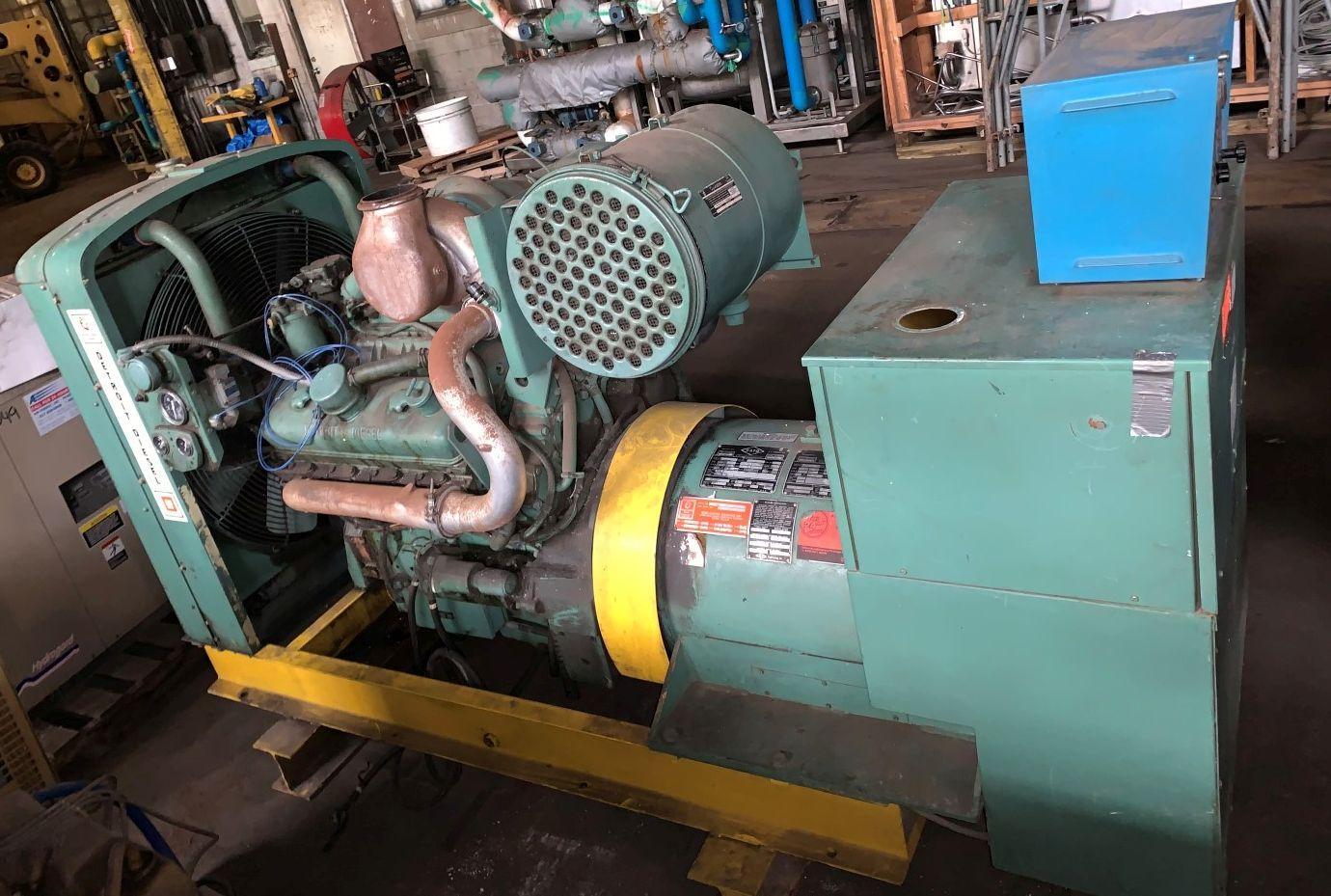 Lot 60 - 225 KW Detroit Diesel Generator, Model F-7085-7300