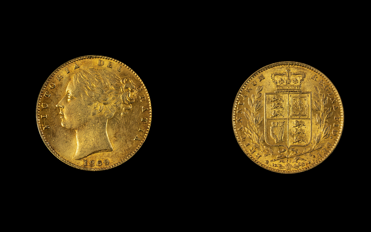 Lot 173 - Victoria 22ct Gold Young Head / Shield B