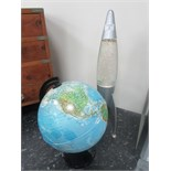 Lot 3 - Globe lamp and lava lamp