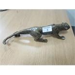 Lot 9 - Cast bronze leopard approx 30cm long