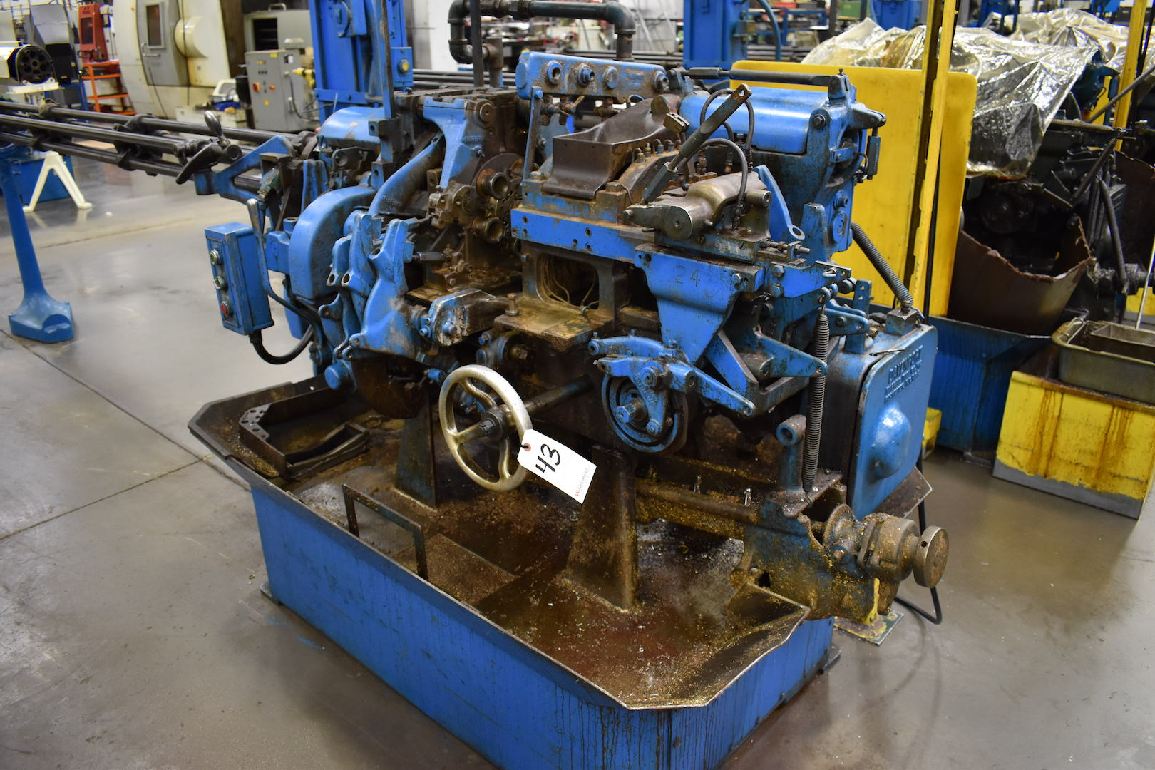 Lot 43 - DAVENPORT MODEL B OVERSIZE 5-SPINDLE AUTOMATIC SCREW MACHINE