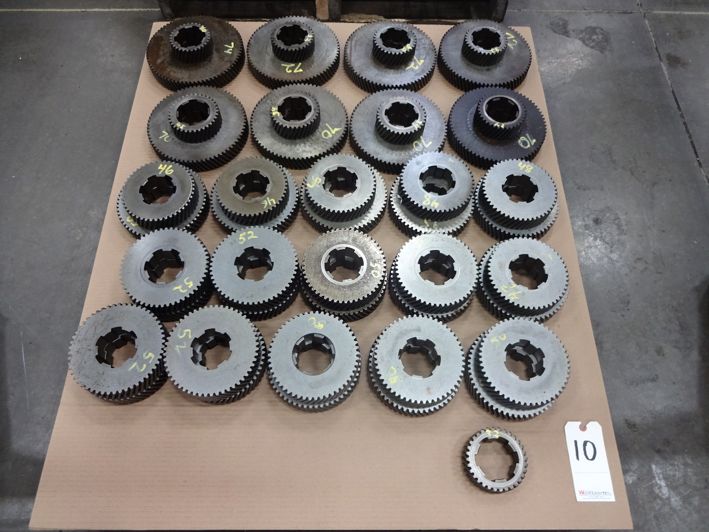 """Lot 10 - ASSORTED ACME 2-5/8"""" RB-8 OR 3-1/2"""" RB-6 CHANGE GEARS"""