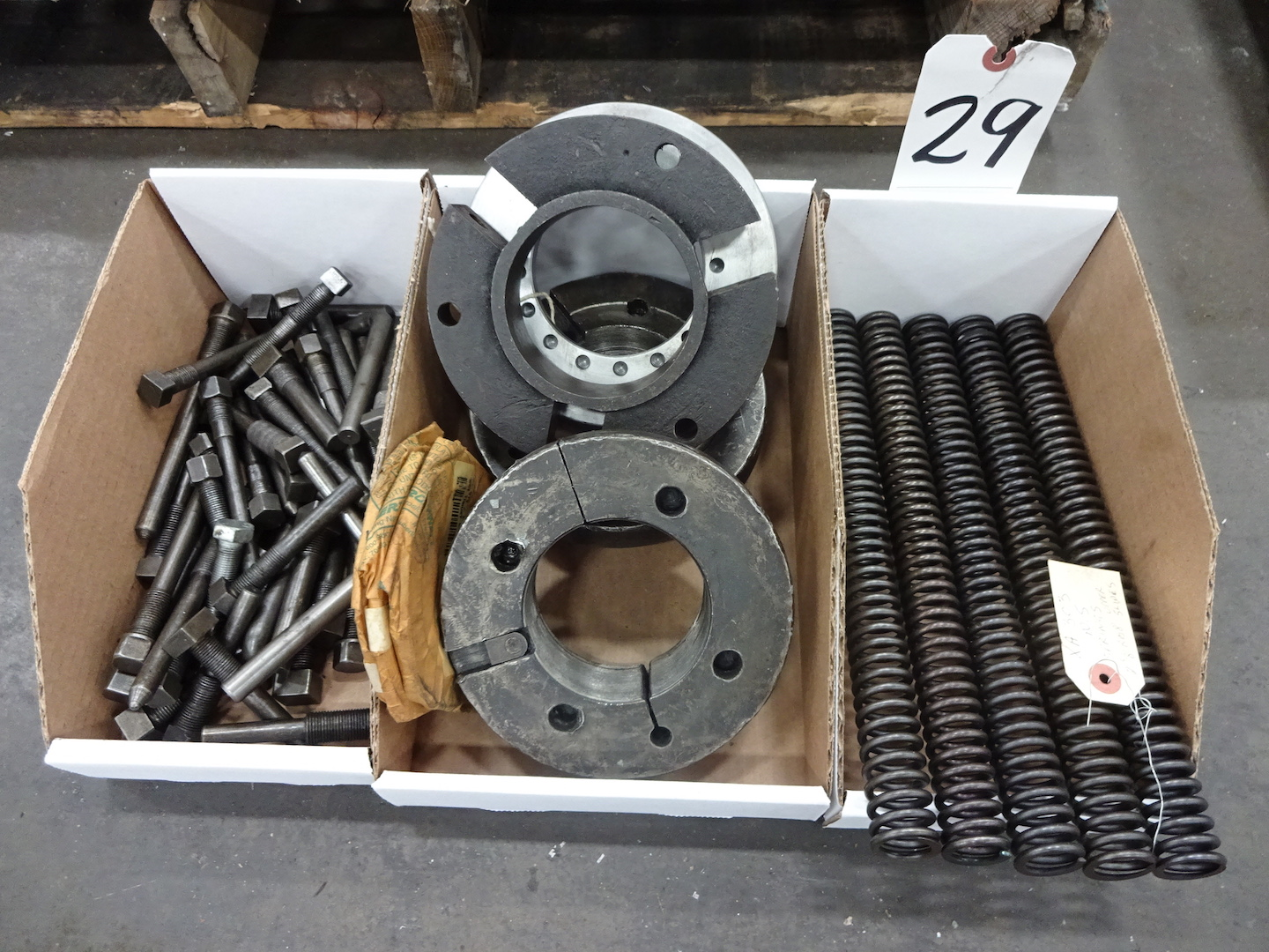 """Lot 29 - LOT - ACME 2-5/8"""" RB-8 UPPER SLIDE SPRINGS, COLLET ADJUSTERS AND SPREADERS FOR FEED PADS"""