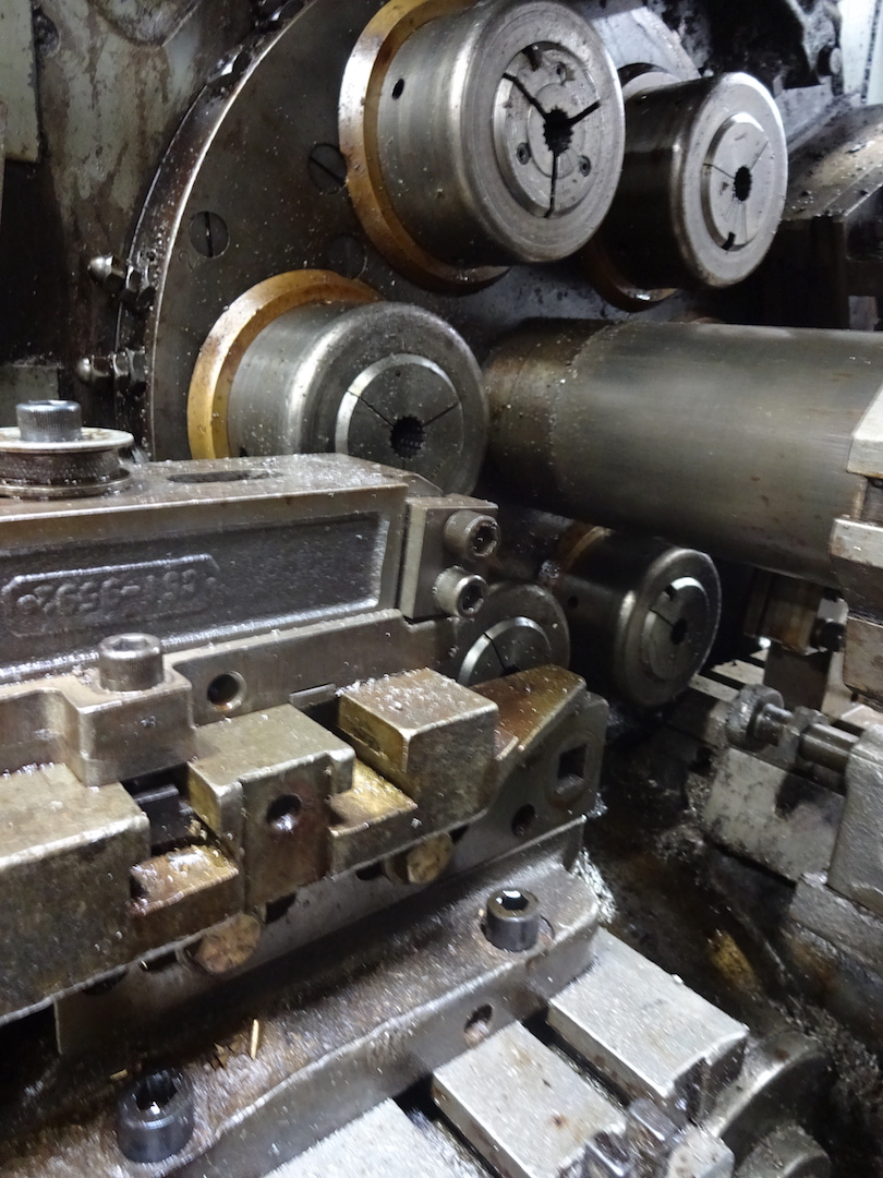 """Lot 32 - ACME-GRIDLEY 1-1/4"""" MODEL RA-6 6-SPINDLE AUTOMATIC SCREW MACHINE"""