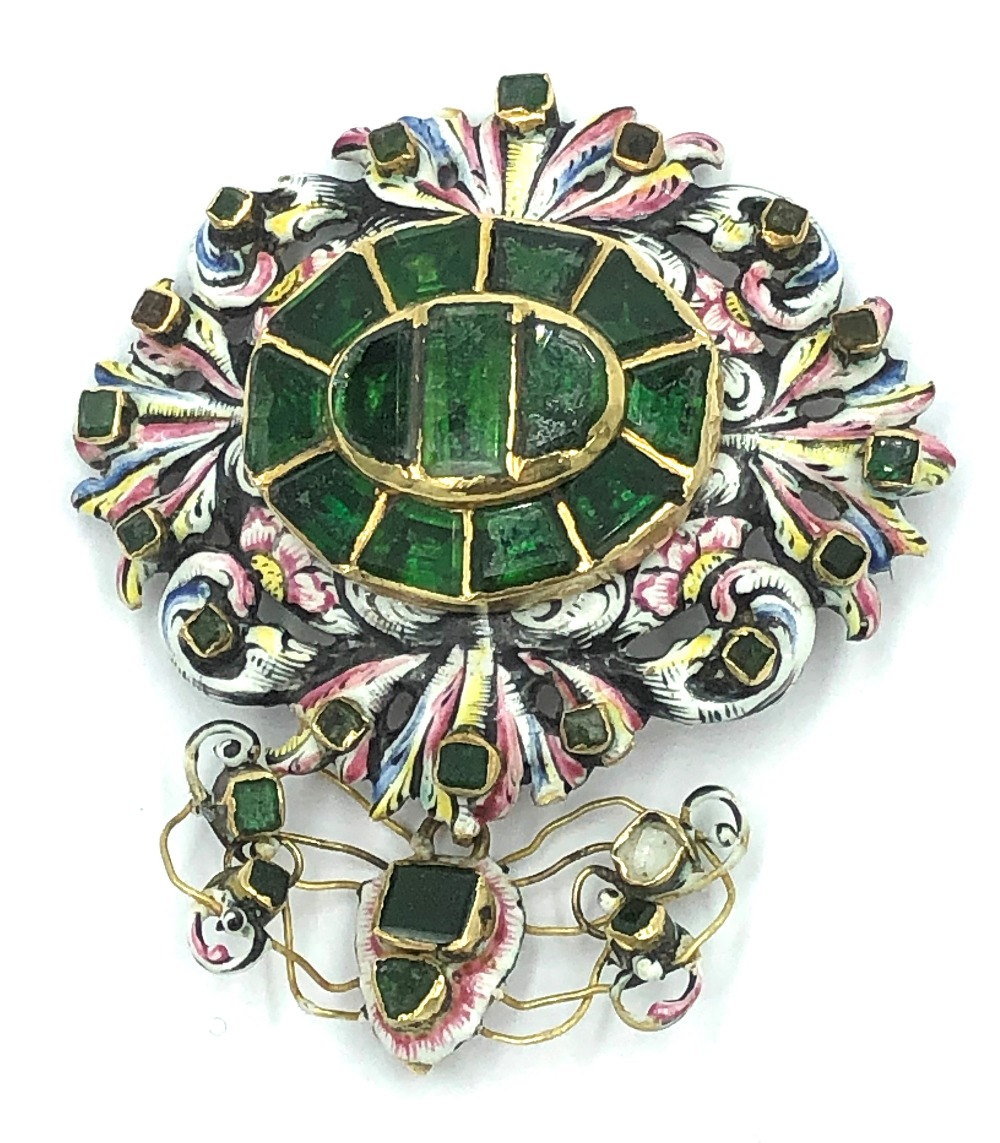 Lot 26 - NO ONLINE BIDDING LOTS 1-30. 17th C free cut foil backed green stone & enamel pendant