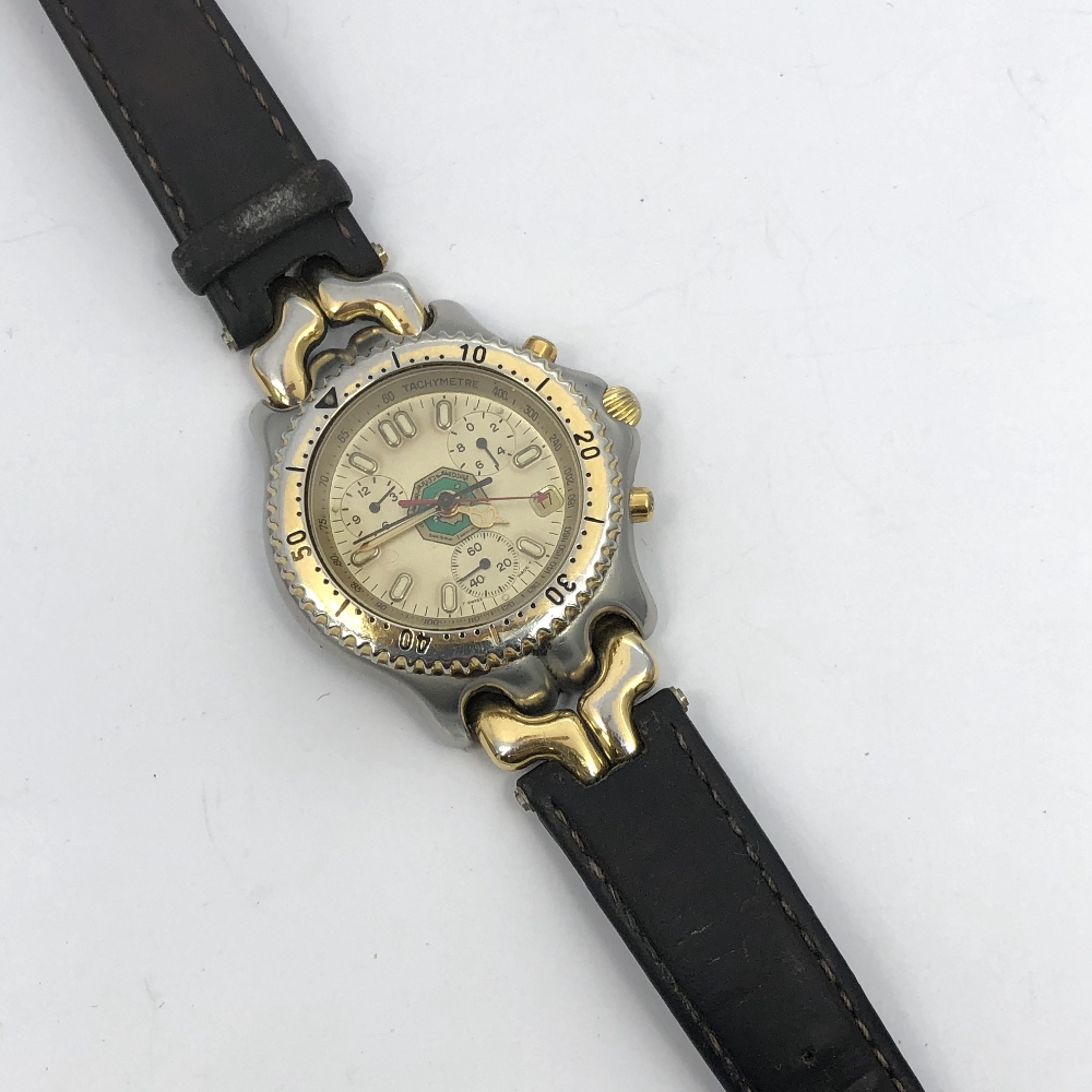 Lot 41 - Gentlemens Tag Heuer stainless steel chronograph wristwatch, quartz movement with gold dial, central