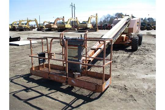 2001 JLG 6015 MANLIFT, 8' BASKET, SN: 0300060143, equipped w/ 60 ft