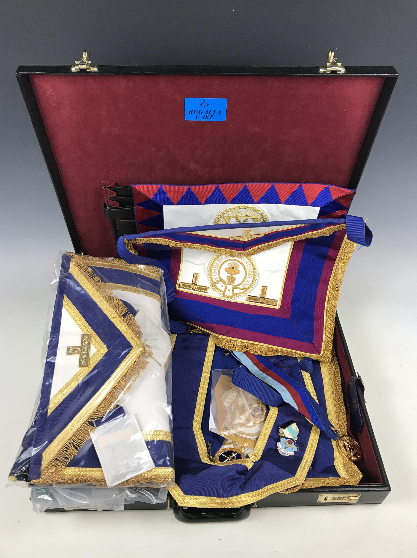 Lot 16 - Contemporary Masonic regalia within a briefcase