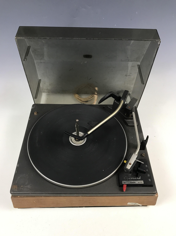 Lot 33 - A vintage Garrard record turntable