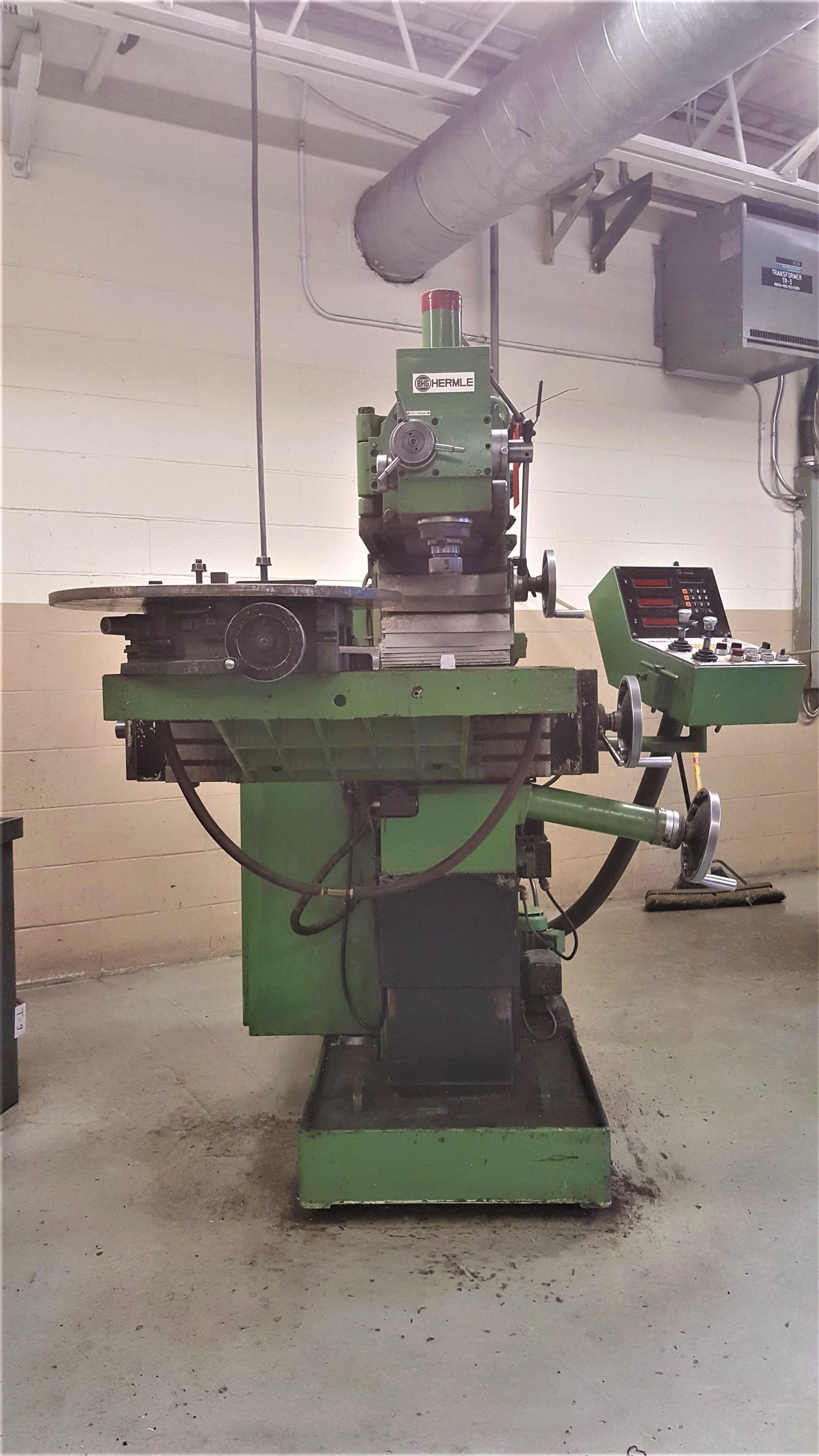 Lot 105 - HERMLE UWF-801 universal milling machine, Heidenhain 3 Axis programmable DRO, 48 - 2,400 RPM spindle