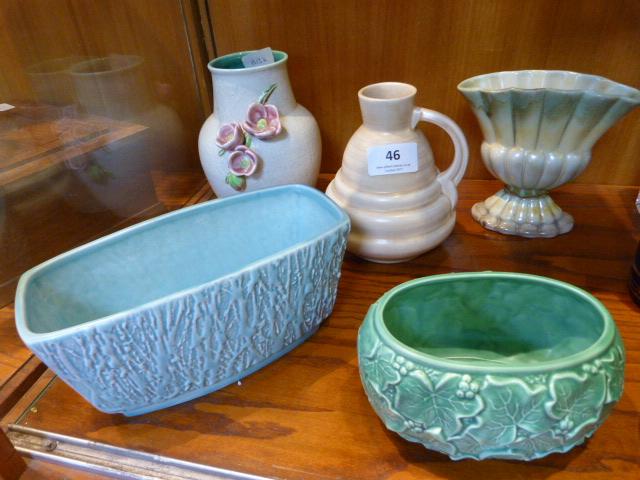 Lot 46 - Five Pieces of Decorative Pottery