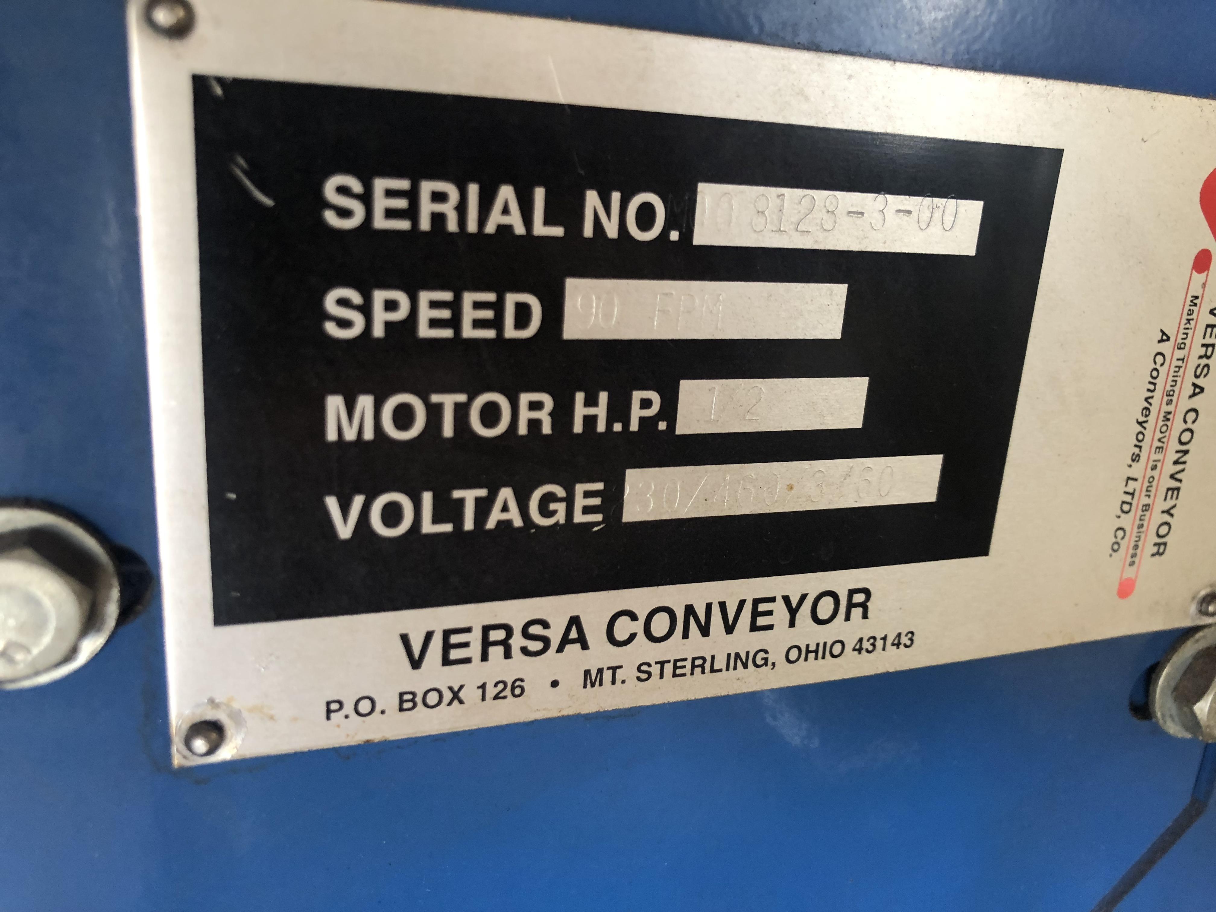 Lot 43 - Versa Case Conveyor with Transfer