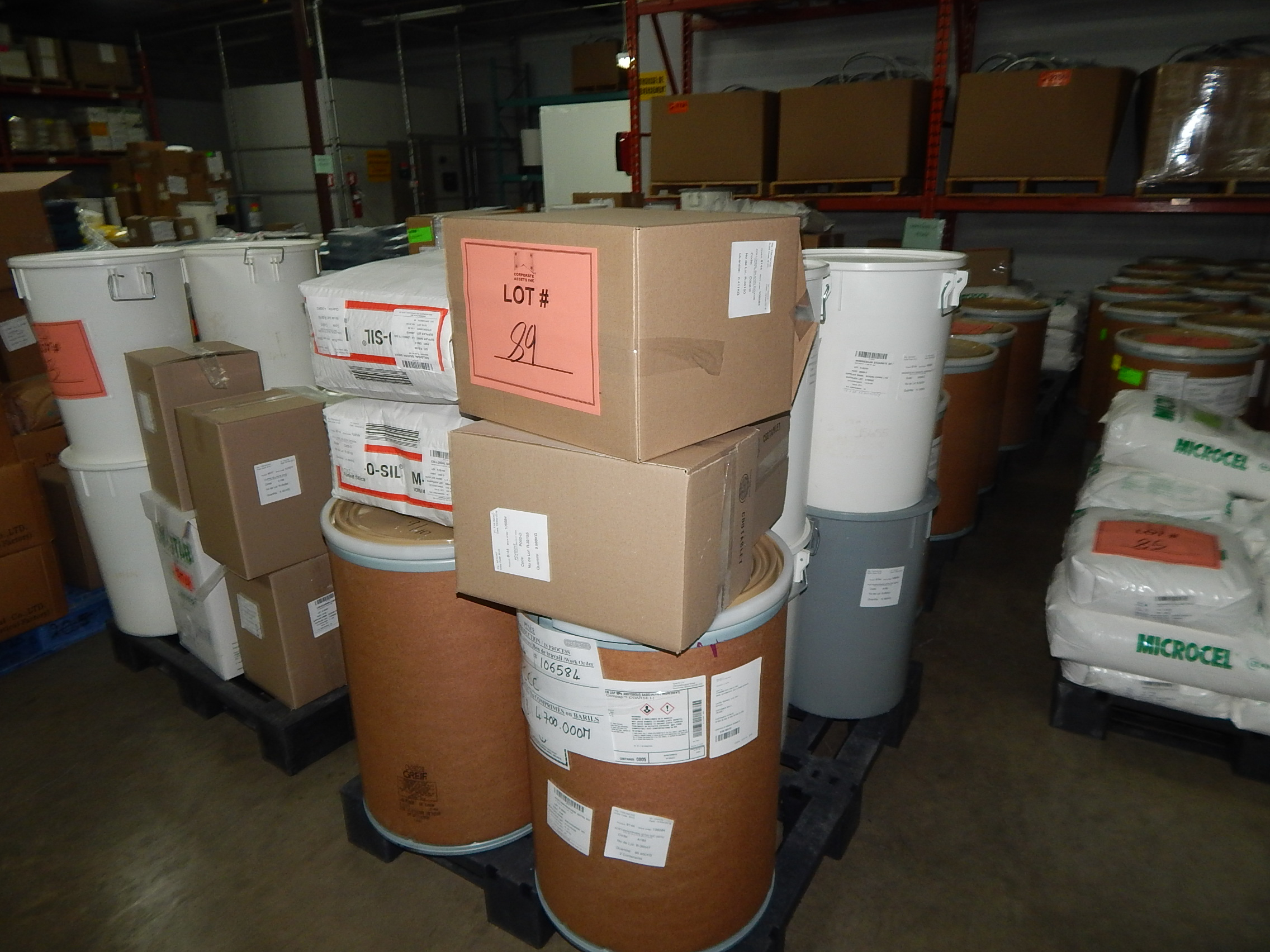 Lot 89 - LOT/ SKID WITH CONTENTS CONSISTING OF 50KG DRUMS OF ACETAMINOPHEN AND BAGS OF COLLOIDIAL SILICA
