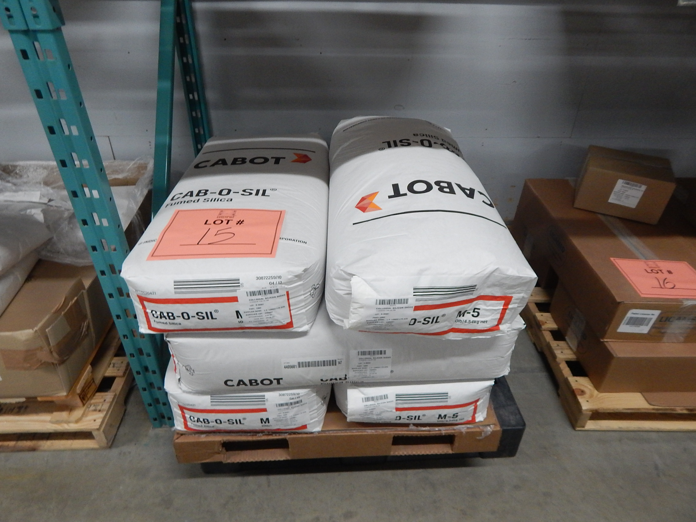 Lot 15 - LOT/ SKID WITH CONTENTS CONSISTING OF 4.45KG BAGS OF COLLOIDAL SILICON DIOXIDE