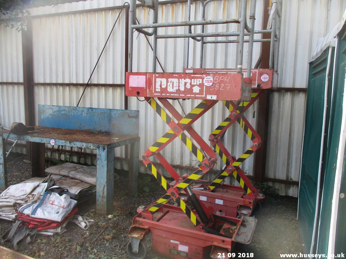 Lot 1536 - POP UP LIFT