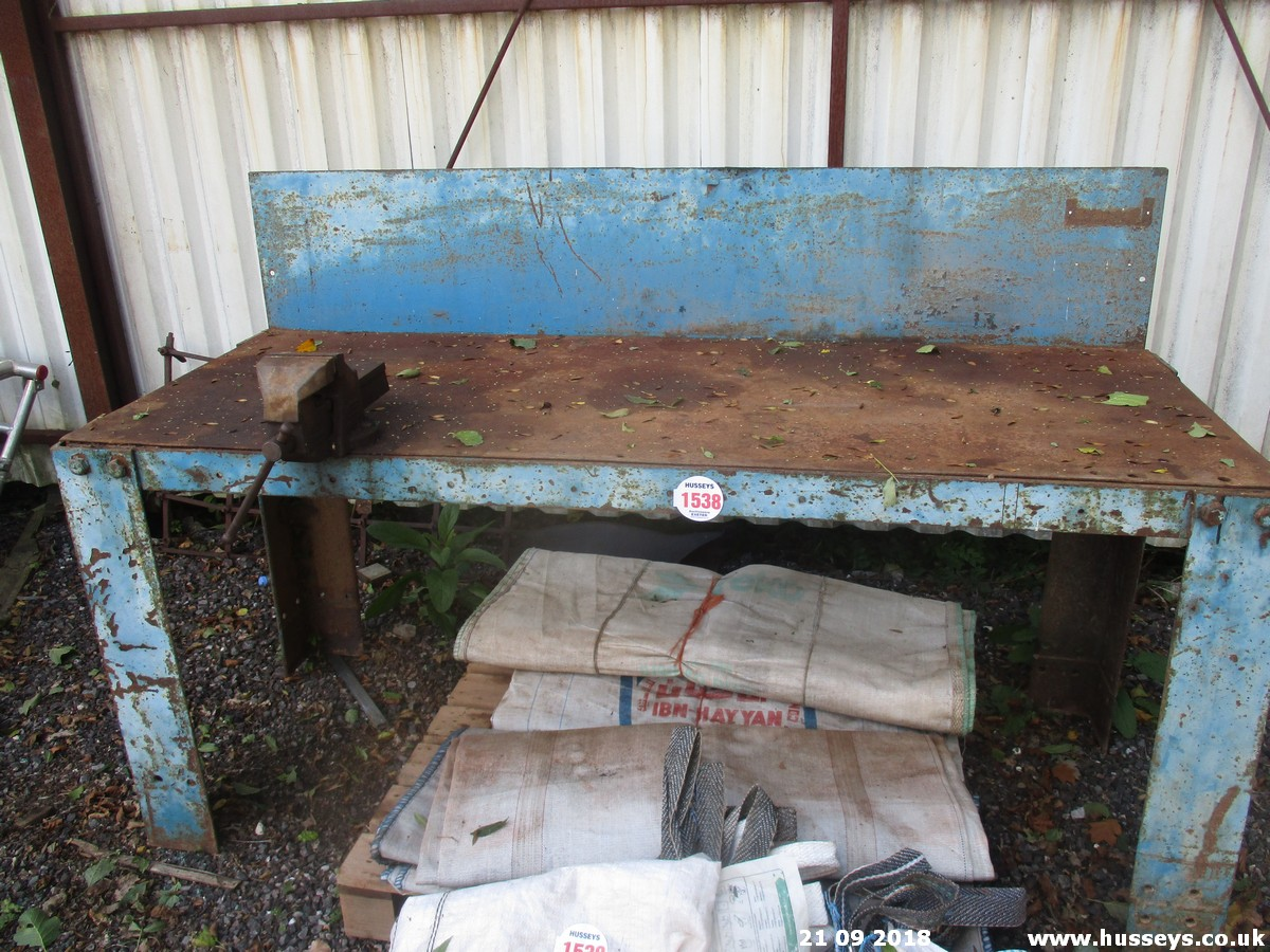 Lot 1538 - 6'5''X2'6'' STEEL WORK BENCH & VICE