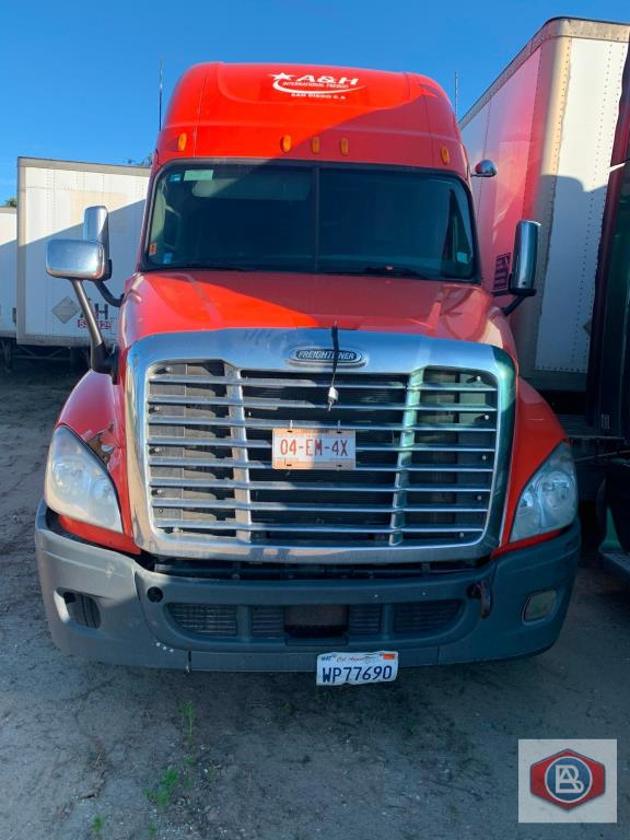 2013 Freightliner, Cascadia Cummins ISX - Image 2 of 6