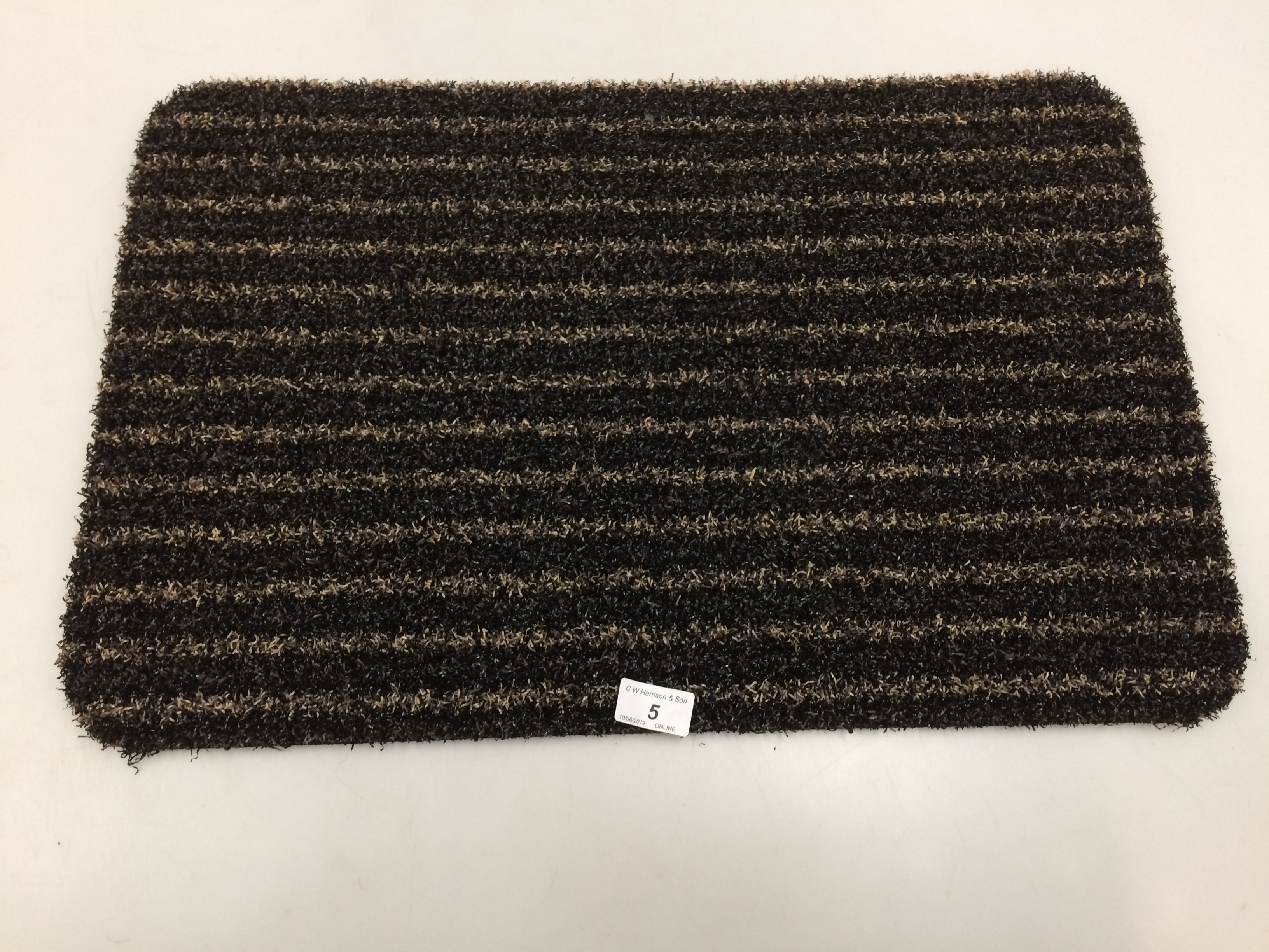 Lot 5 - 10 x black and gold striped door mats with rubber anti-slip inlay each 40 x 60cm