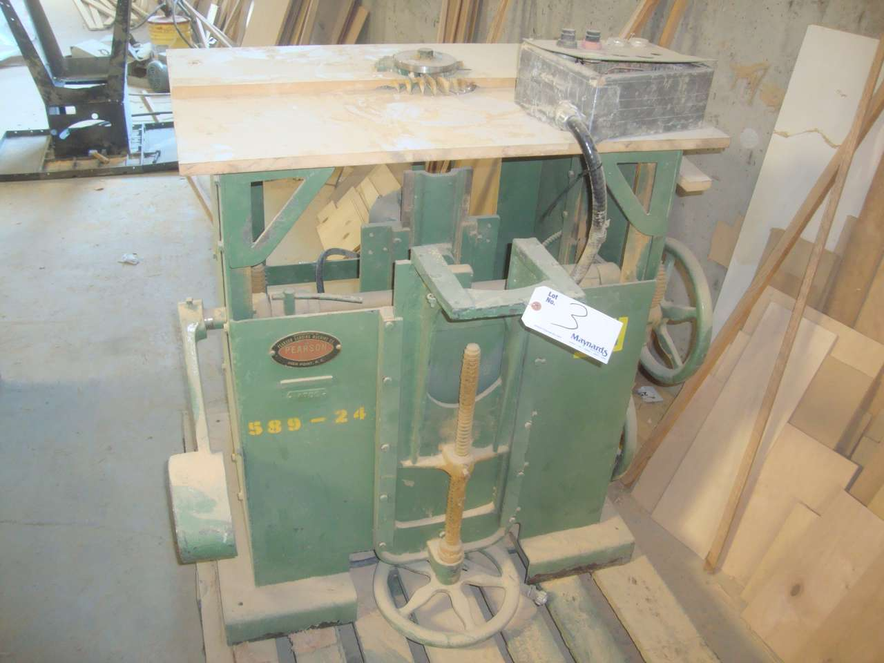 Lot 3 - Pearson 4705 Single spindle sanding machine