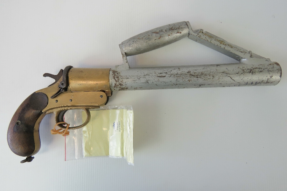 Lot 35 - A deactivated (EU Spec) Shermuly line throwing pistol. With certificate.