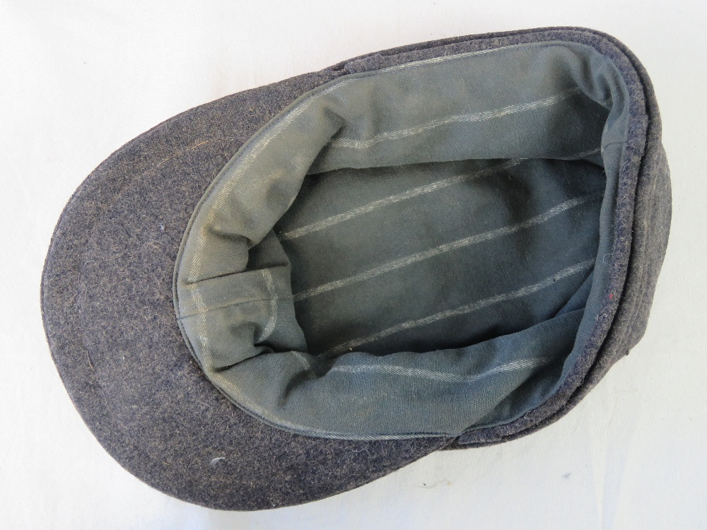 Lot 18 - W WWII German Luftwaffe ski cap with cloth eagle.