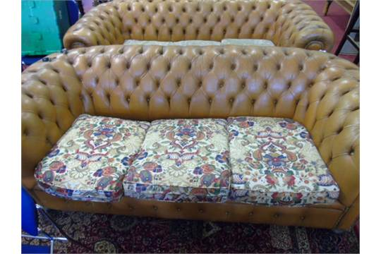 Surprising 3 Seat Gold Leather Chesterfield Sofa With Pattern Fabric Gmtry Best Dining Table And Chair Ideas Images Gmtryco