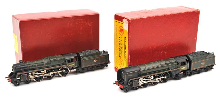 Lot 29 - 2 TRIX OO gauge BR Standard tender locomotives. A Britannia class 4-6-2 'Britannia' RN 70000. Plus a