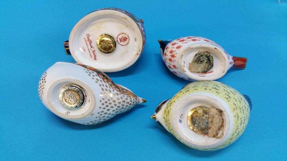 Lot 6 - Seven Royal Crown Derby paperweights of ducks and