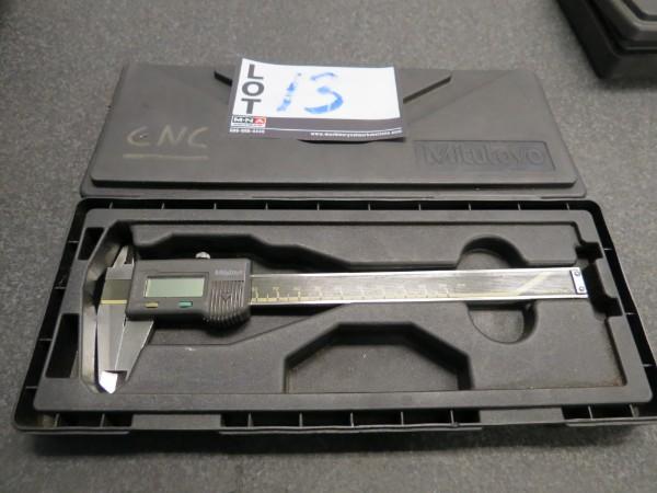 Lot 13 - Mitutoyo 150mm Caliper