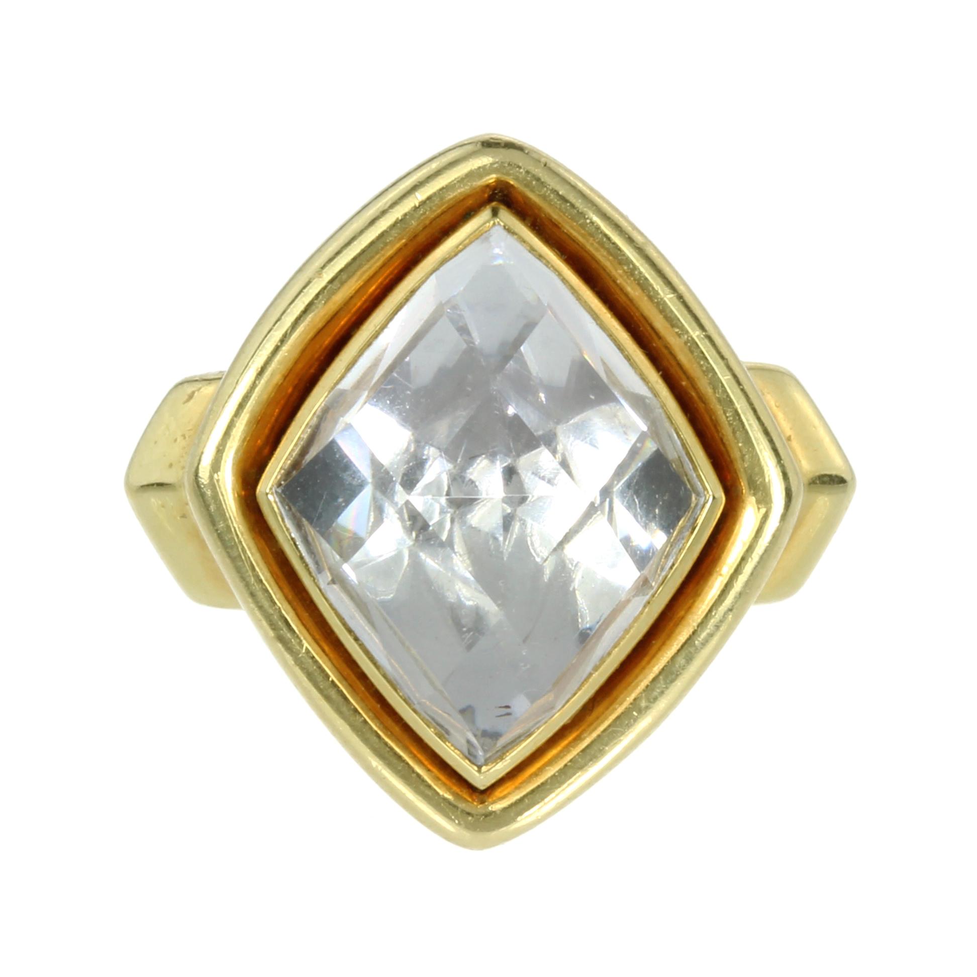 Los 1 - A ROCK CRYSTAL DRESS RING, DAVID WEBB CIRCA 1970 designed as a large, deep diamond shaped rose cut