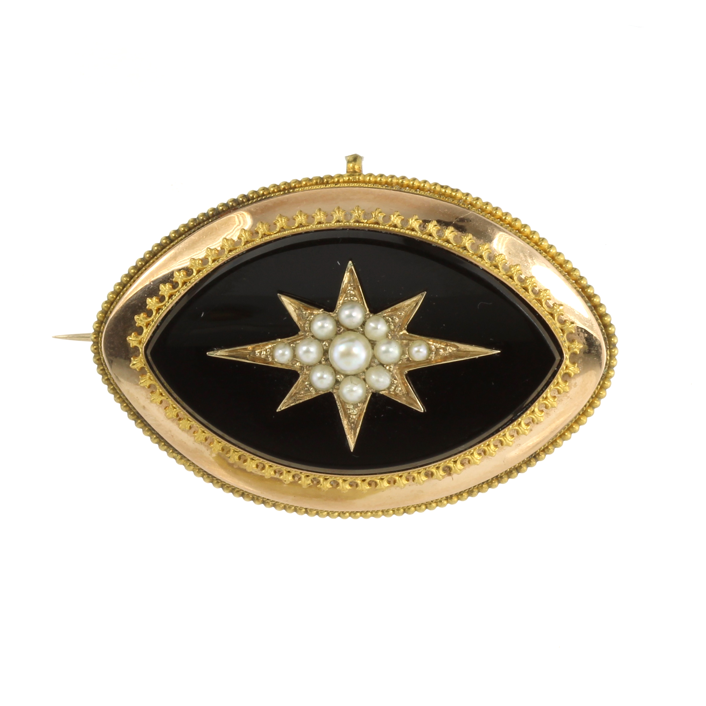 Los 27 - AN ANTIQUE PEARL AND ONYX HAIRWORK MOURNING BROOCH, LATE 19TH CENTURY of navette form, set with a