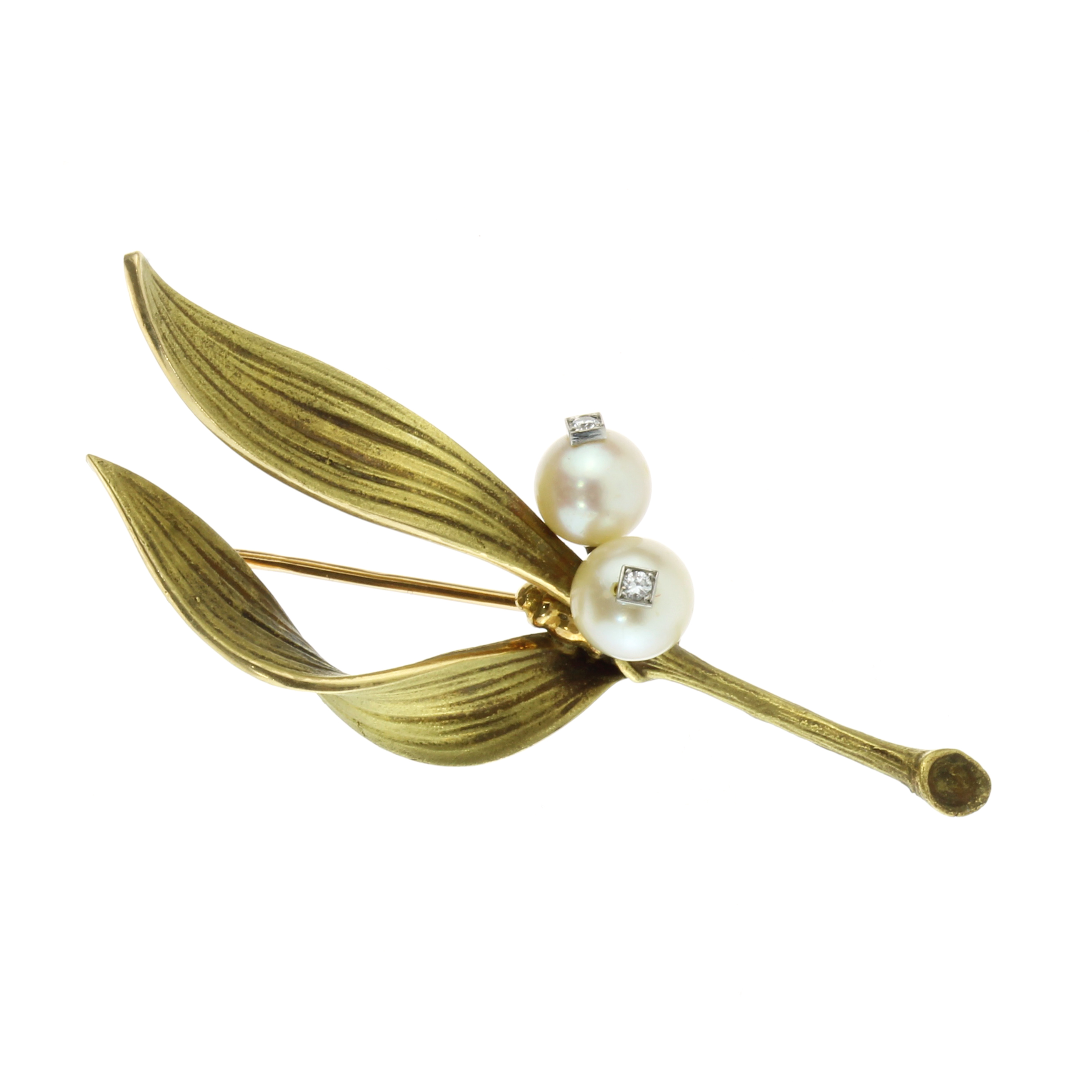 Los 59 - A PEARL AND DIAMOND BROOCH, PIERRE STERLÉ, CIRCA 1950 designed as a leaf shoot, naturalistically