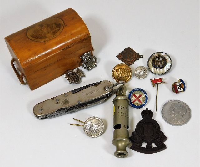 Lot 23 - A WW1 military whistle with MOD mark & a selection