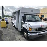 2005 FORD MODEL E450, 28 SEAT PASSENGER COACH BUS