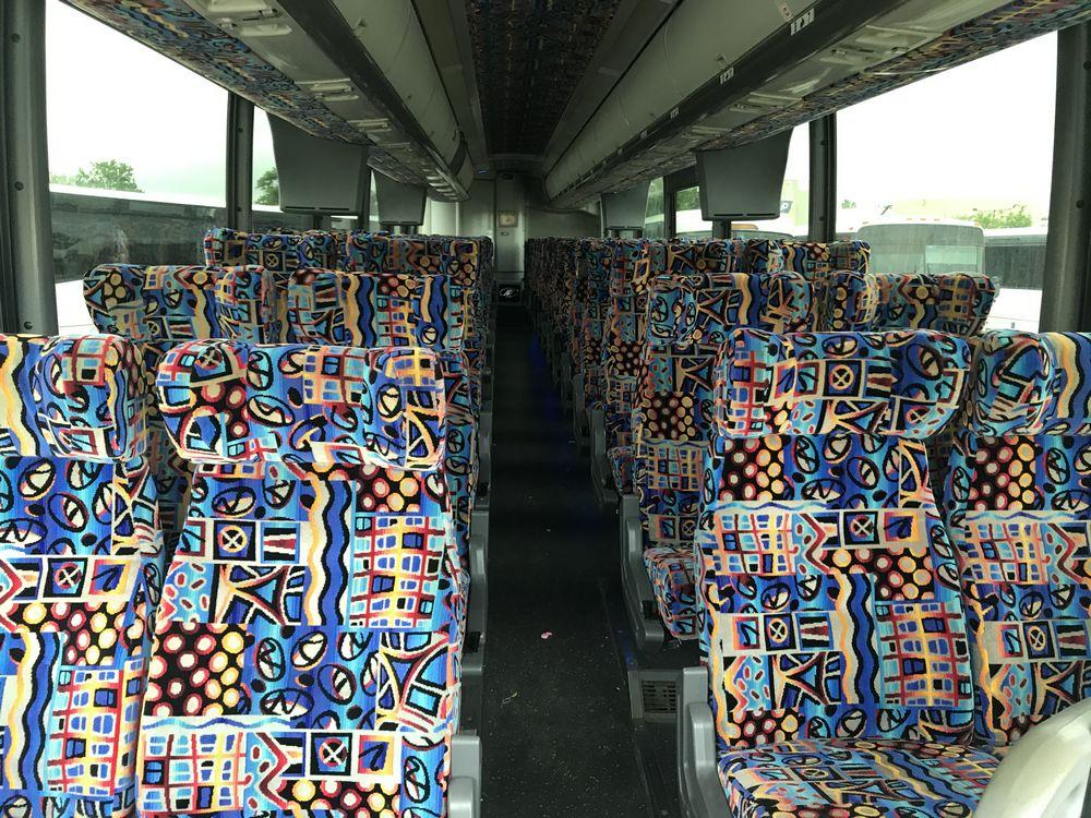 2009 MC1 MODEL J4500, 56 SEAT PASSENGER COACH BUS - Image 5 of 12