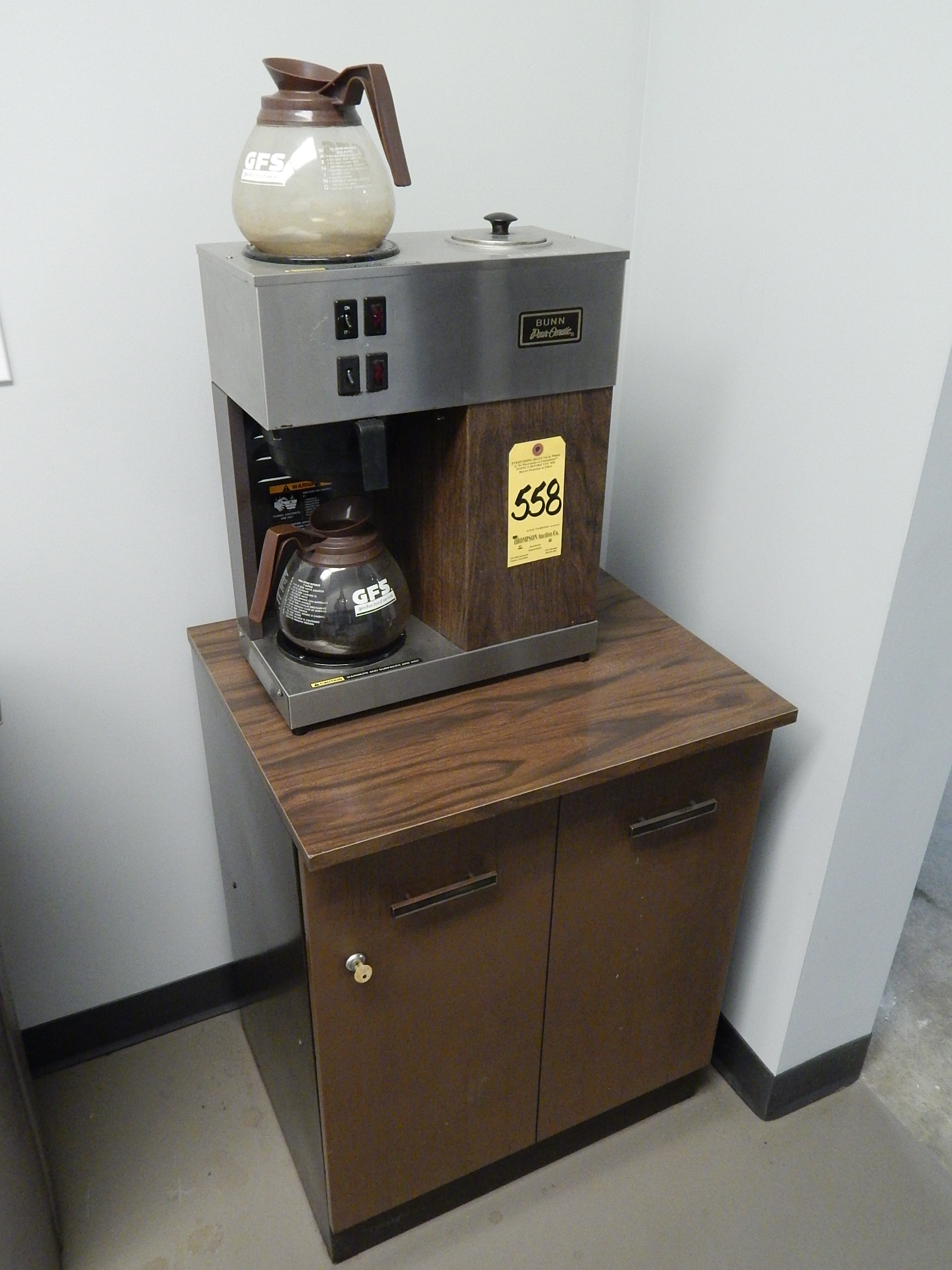 Bunn Coffee Maker Under Cabinet : Bunn Cabinet Coffee Maker Shop Bunn Velocity Brew 10 Cup Black Coffee Maker At Lowes, Shop Bunn ...