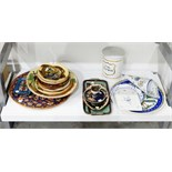 Quantity of 20th century continental pottery to include dishes decorated with fishes and fruit and