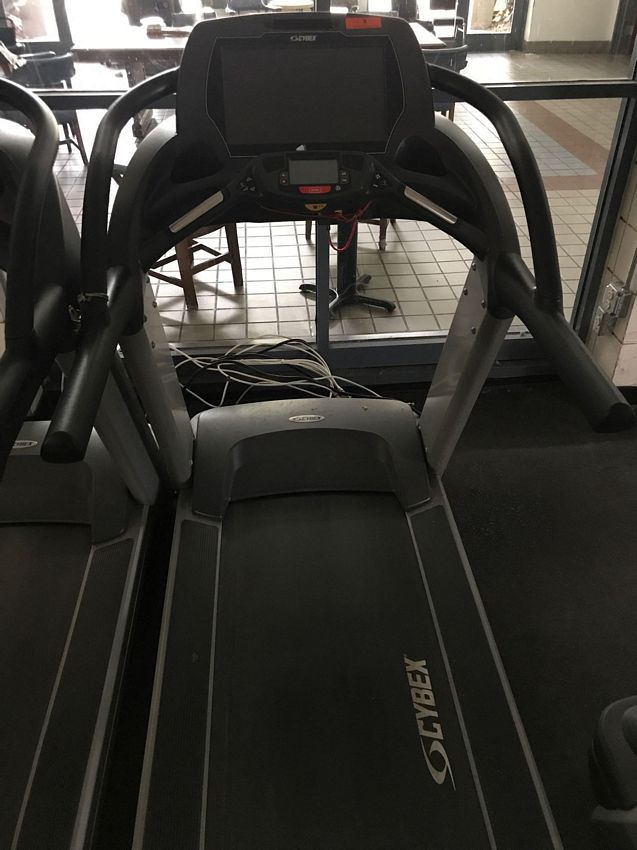 Lot 8 - (THIS ITEM NO LONGER FOR INDIVIDUAL SALE) CYBEX 770T TREADMILL