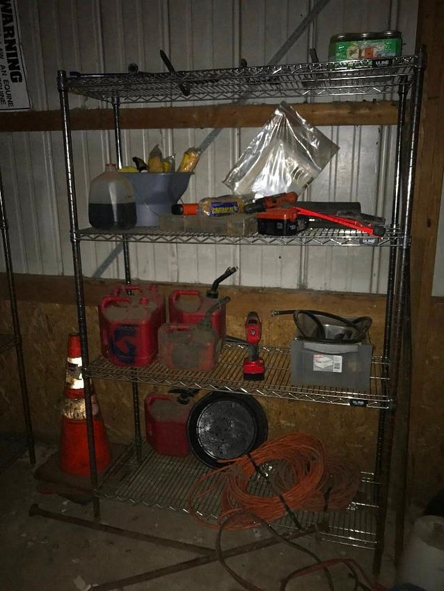 Lot 56 - TOOLS AND MAINTENANCE SUPPLIES (INCLUDED ALL FROM PICTURES) (2ND LOCATION) CAMP WARRIOR LOCATED AT
